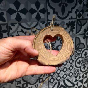 Décoration «Coeur d'Acacia»