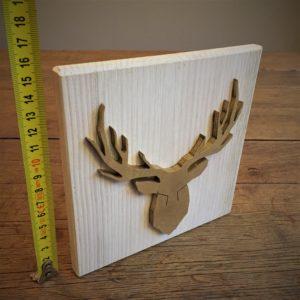 Déco cadre le Cerf d'Or sur bois massif patiné